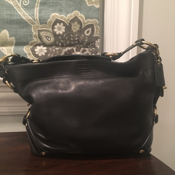 Coach Handbags - Coach pocketbook